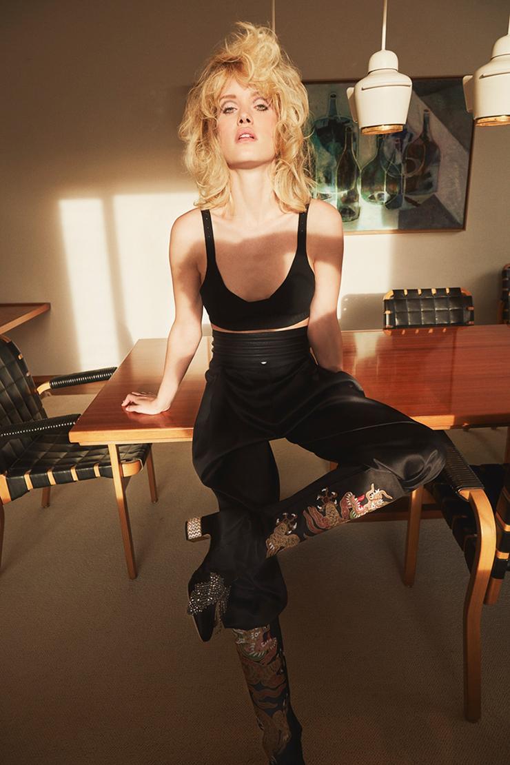 Julie Ordon model